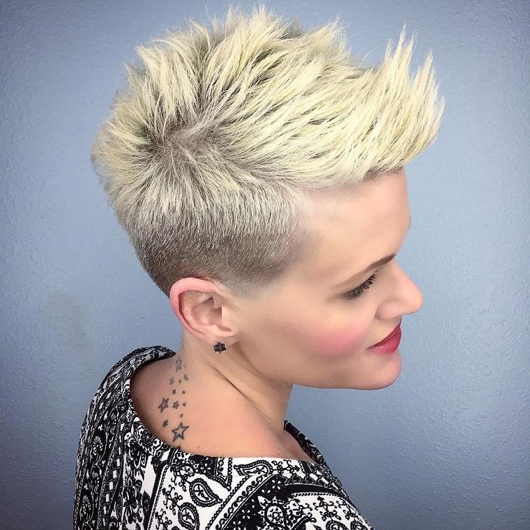 taglio-corto-capelli-idea-punk