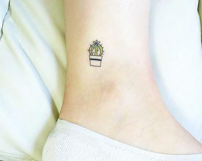 tatuaggi-piccoli--uomo-cactus-scritte-motivazionali-punto-e-virgola-da-donna-da-uomo