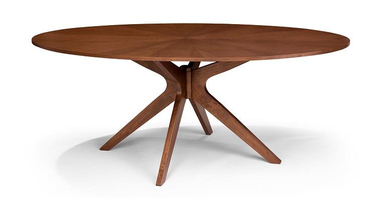 tavolo-di-legno-ovale-stile-classico