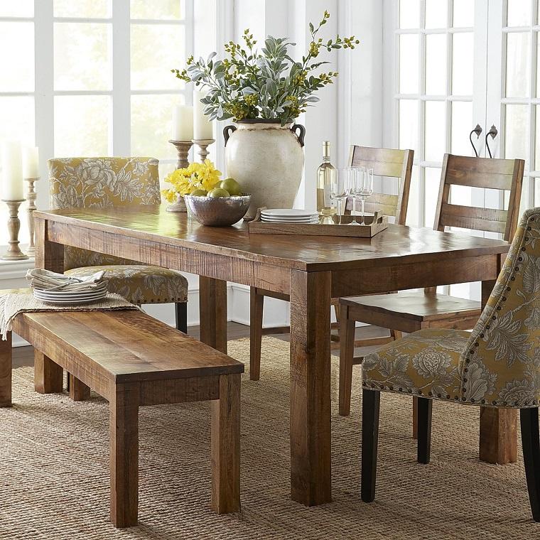 tavolo-in-legno-stile-classico