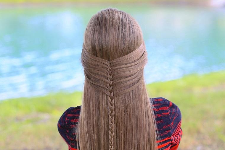 acconciature-capelli-lunghi-semi-raccolto-treccia