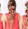 acconciature-per-capelli-lunghi-treccia-fiori