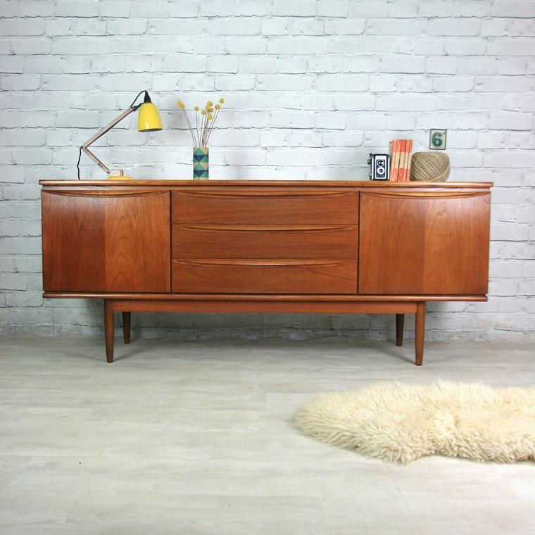 arredamento-anni-60-mobile-legno
