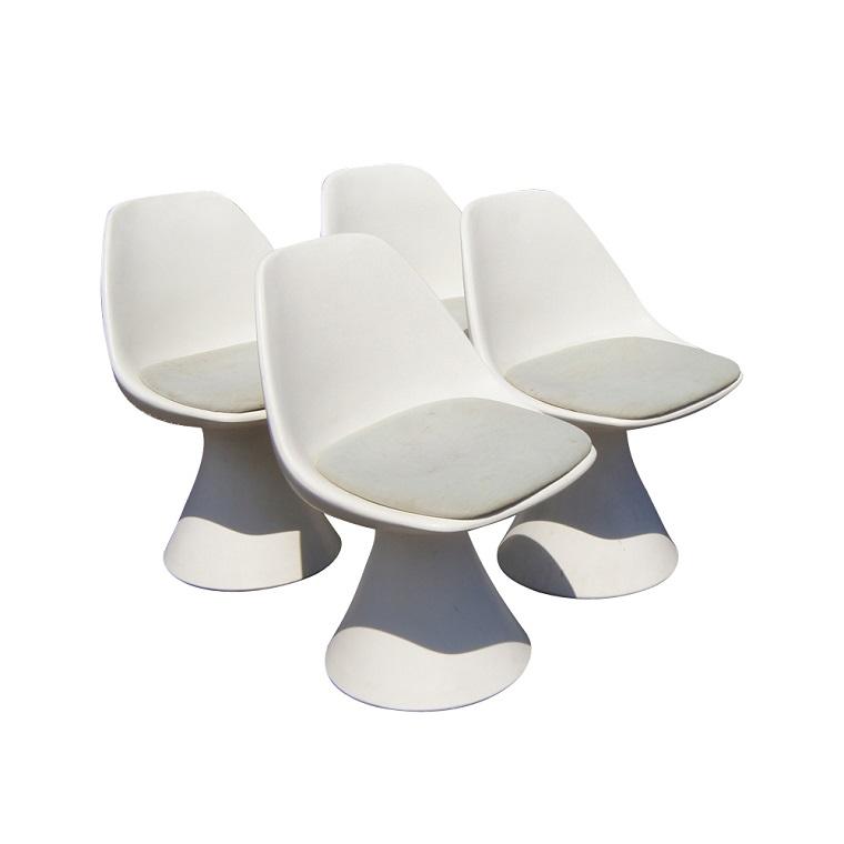 arredamento-anni-60-sedie-plastica