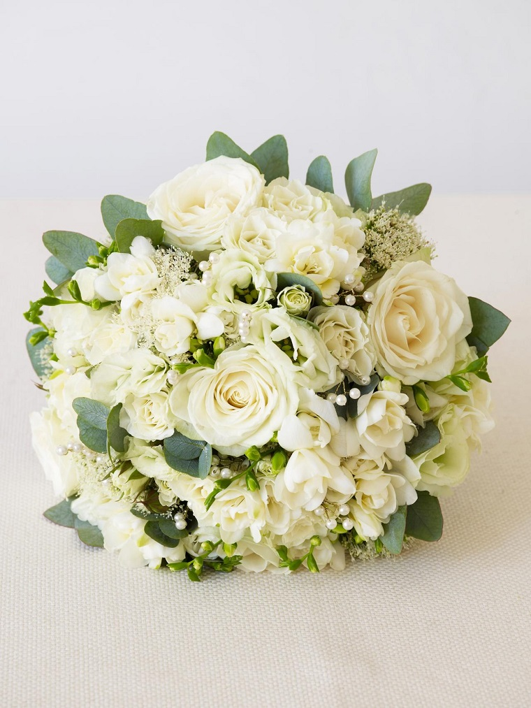 composizioni-di-fiori-bouquet-bianco