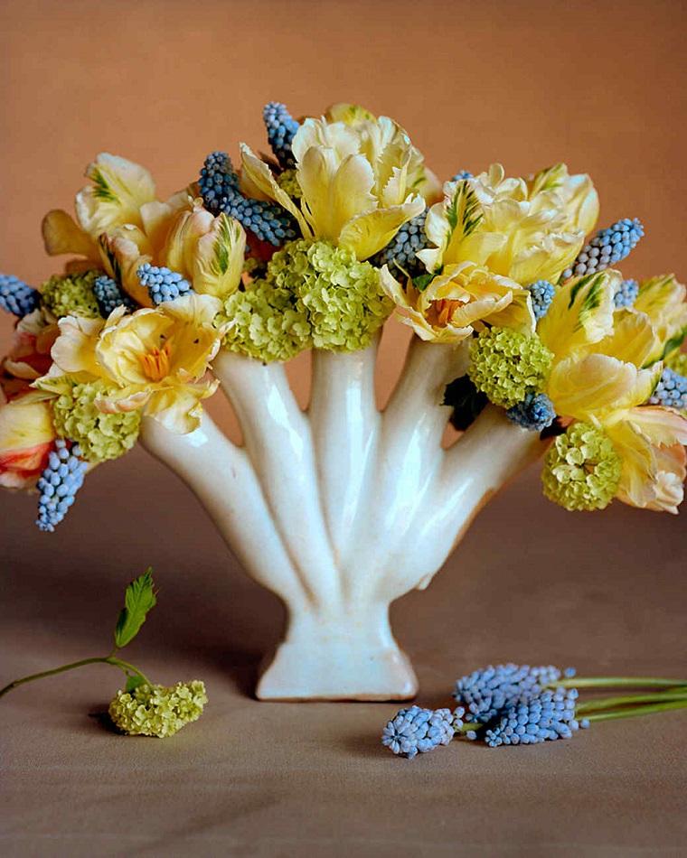 composizioni-floreali-idea-giallo-blu