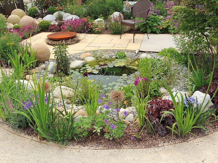 giardini-con-sassi-laghetto-tondo