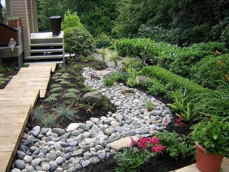 giardini-con-sassi-soluzioni-piante