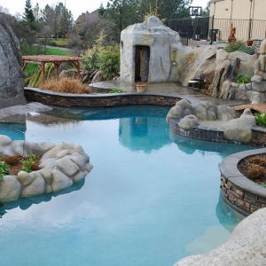 Decorazioni fai da te per un giardino dal design originale for Giardini decorati con sassi