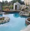 giardini-con-sassi-splendida-piscina