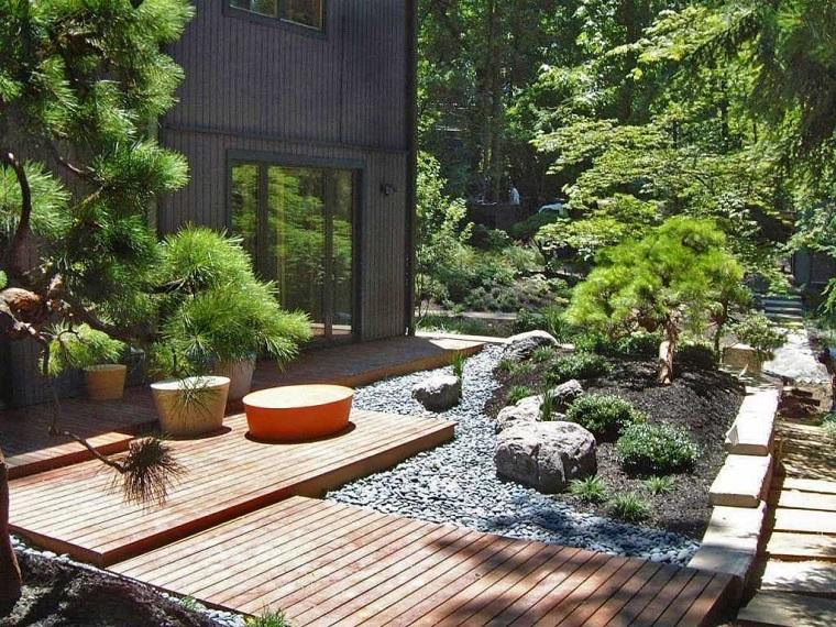 giardino-con-sassi-soluzione-stile-giapponese