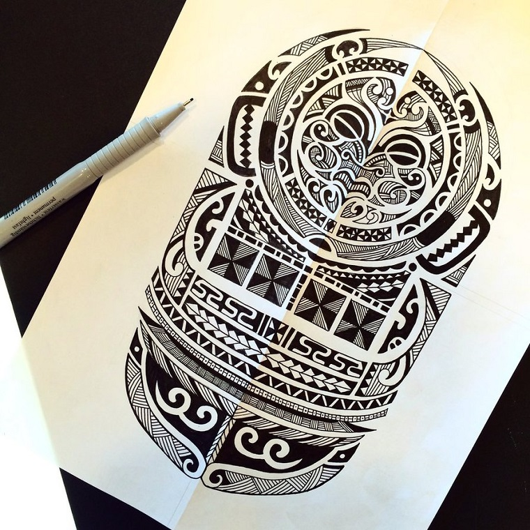maori-tattoo-idea-perfetta-braccio-polpaccio