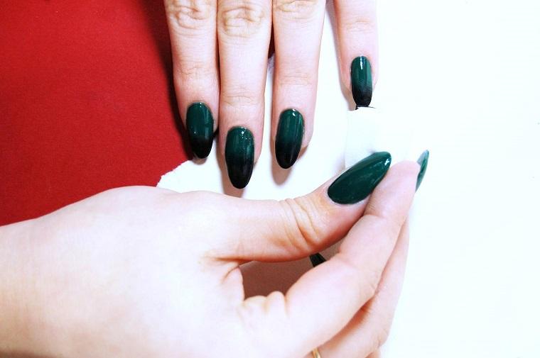 unghie natalizie-idea-verde-scuro