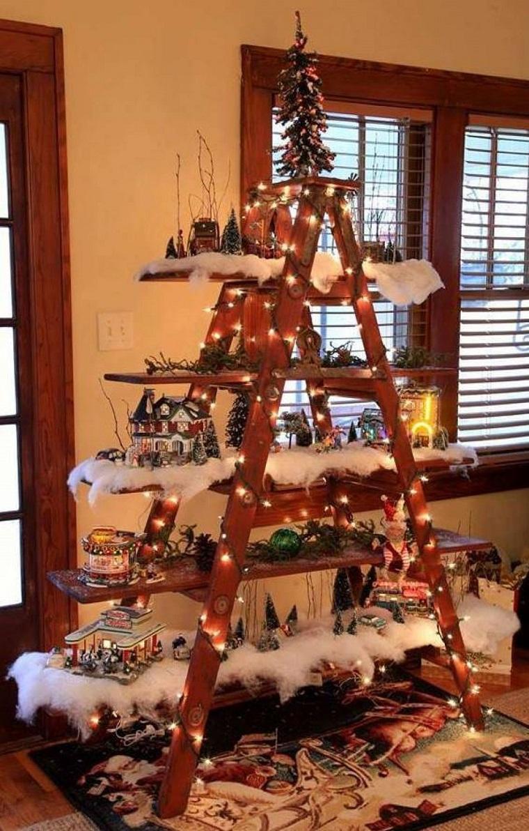 albero-di-natale-particolare-scala-legno
