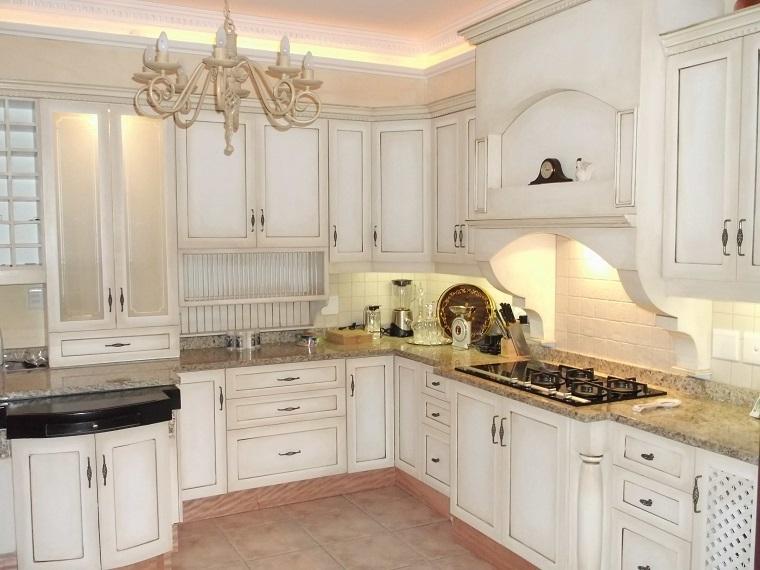 arredamento-shabby-chic-cucina-bianca