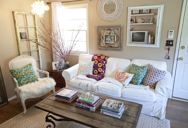 arredamento-shabby-chic-salottino-divano-bianco