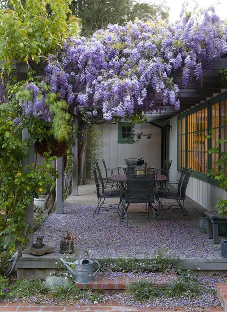 arredamento-terrazzo-sedie-tavolo-ferro-battuto