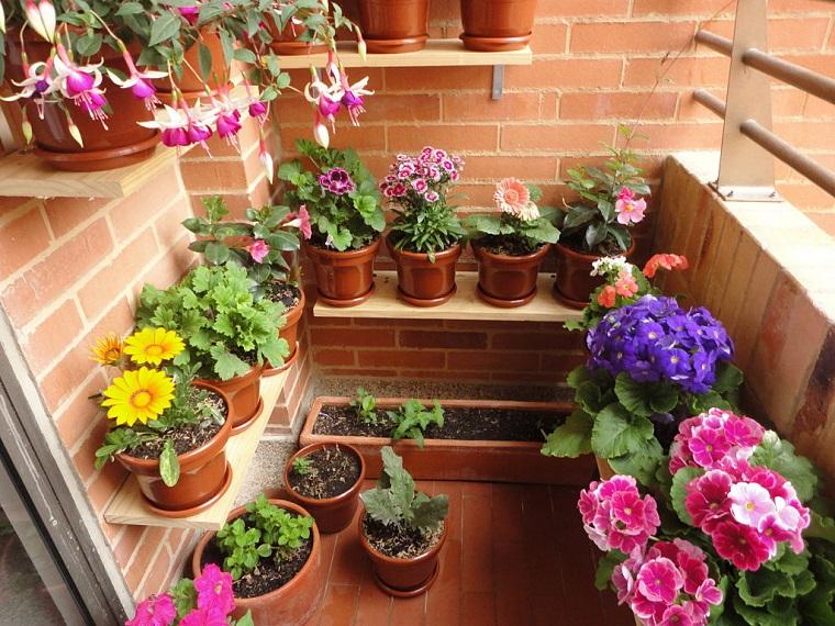 balconi-fioriti-idea-zona-interna