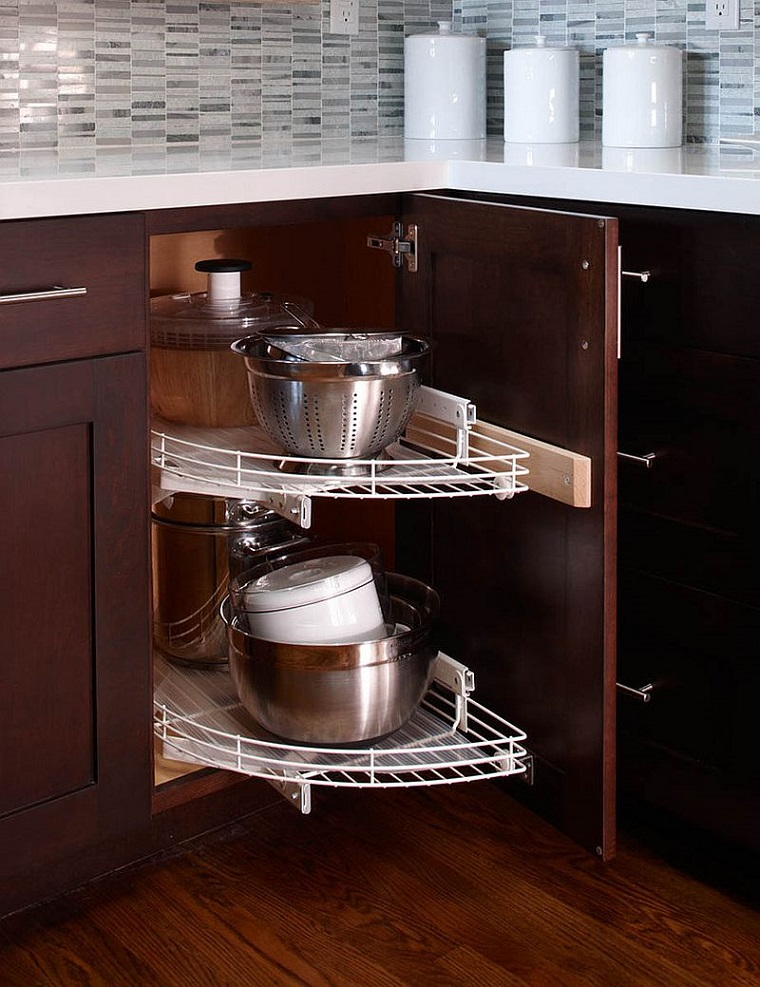 cucine-ad-angolo-moderne-focus-armadietto-salvaspazio