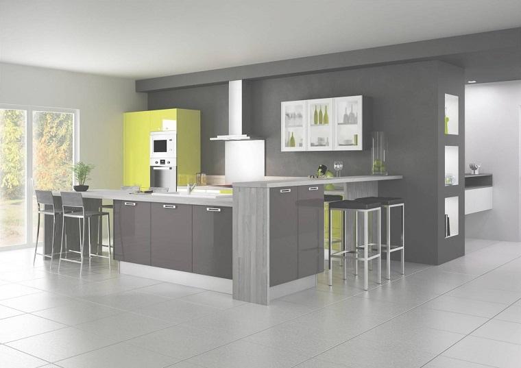Cucine moderne grigie sp22 regardsdefemmes - Cucine moderne gialle ...