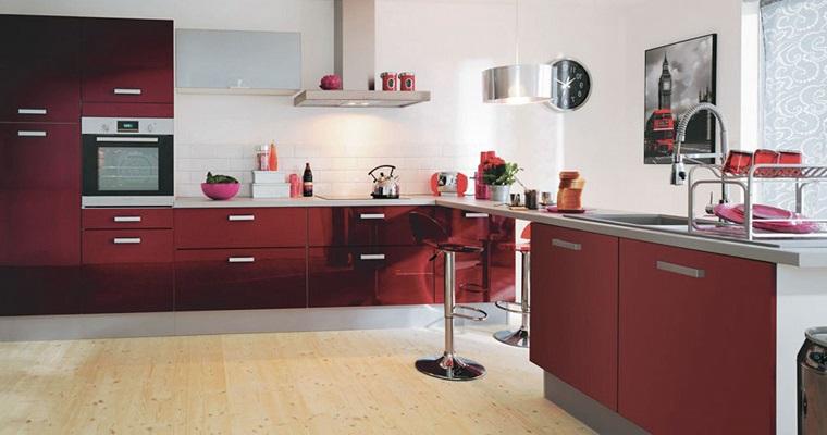 cucine-ad-angolo-moderne-mobili-rosso-scuri