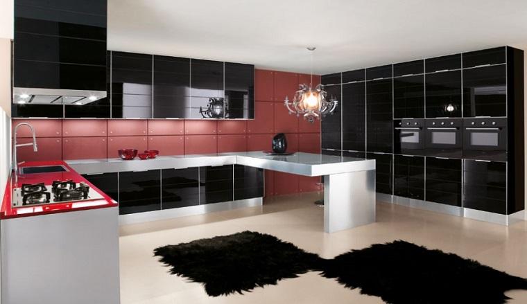 cucine-moderne-ad-angolo-mobili-laccati