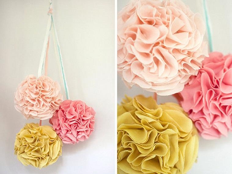 decorazioni-casa-pom pom-carta-colorati