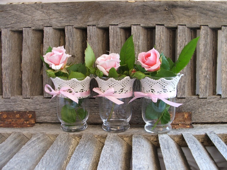 Stile shabby chic idee originali romantiche e dal look - Idee decorazioni giardino ...