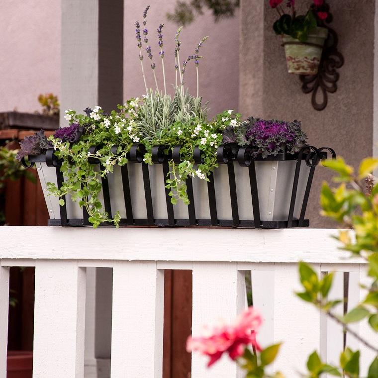 fiori-da-balcone-composizione-lavanda