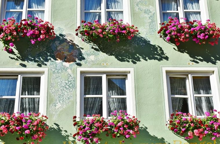 fiori-da-balcone-idea-colorata