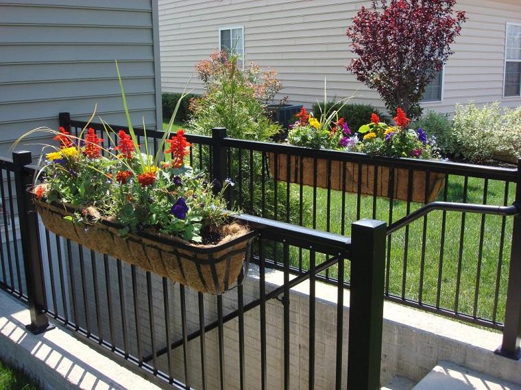 fiori-da-balcone-idea-semplice
