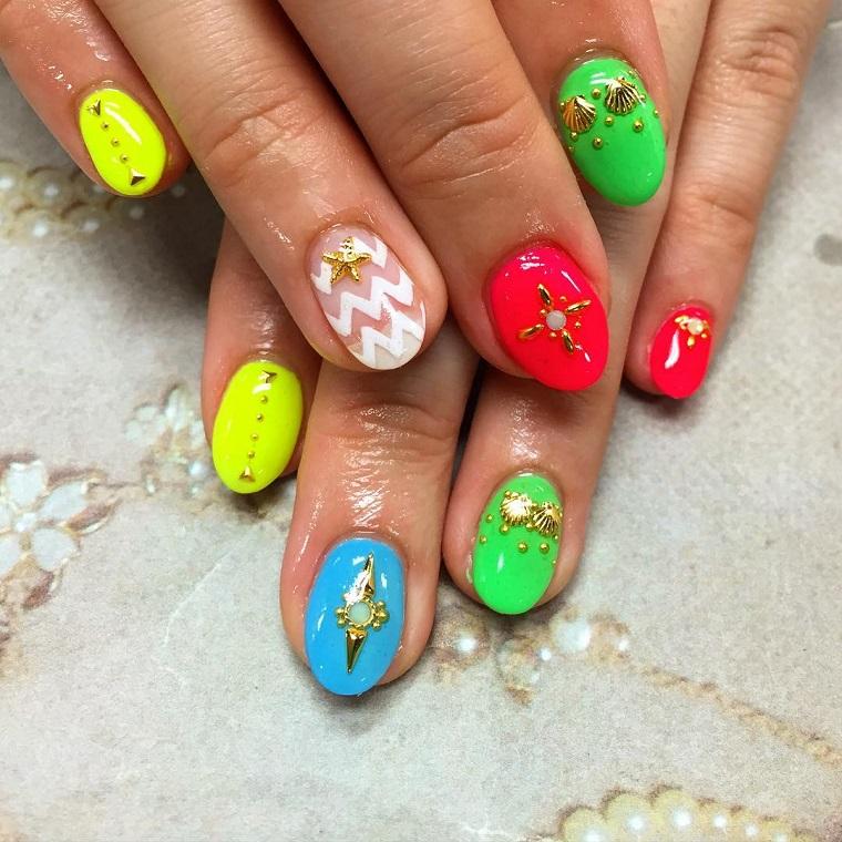 gel-nail-art-colori-vivaci