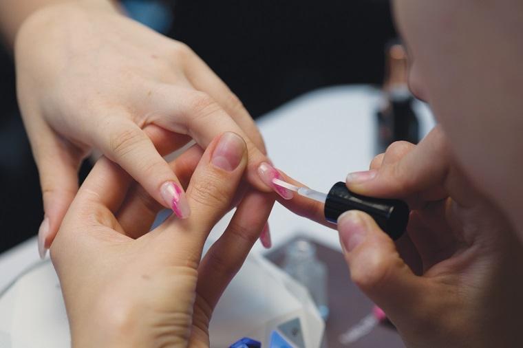 gel-nail-art-fase