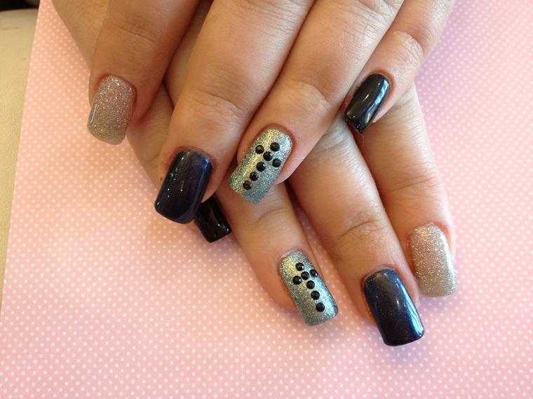 gel-nail-art-nero-argento