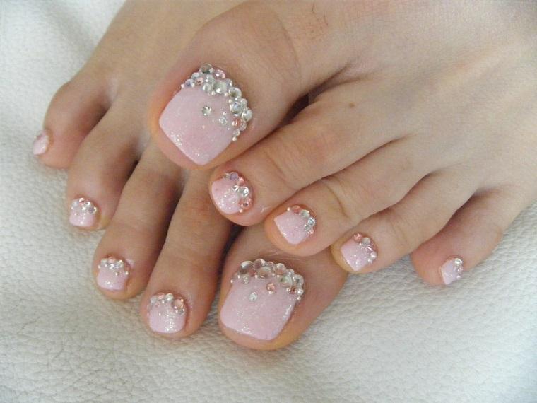 gel-nail-art-piedi-brillantini
