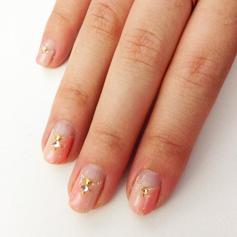 gel-nail-art-proposta-semplice