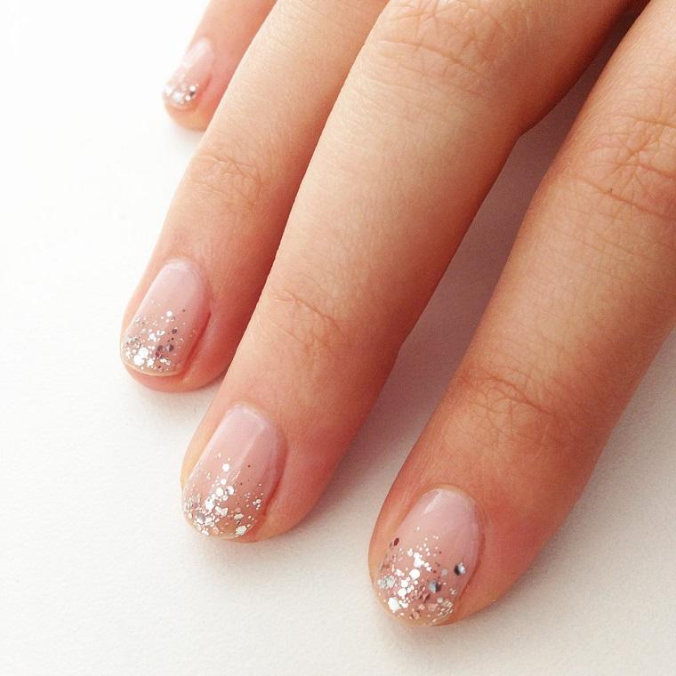 nail art gel-brillantini-argento