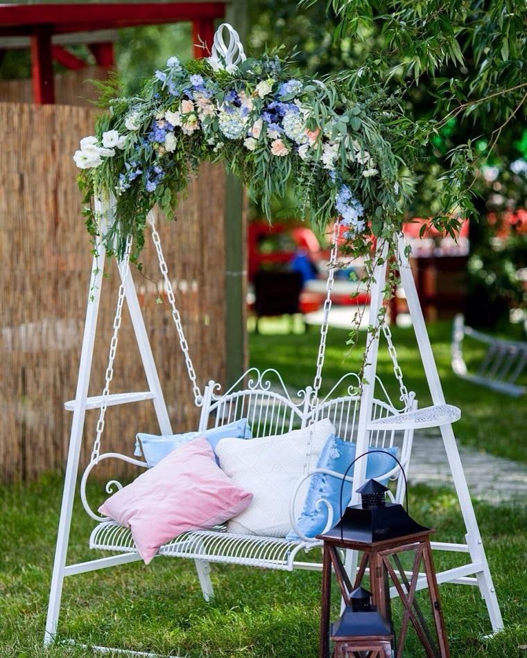 shabby-chic-dondolo-fiori-giardino