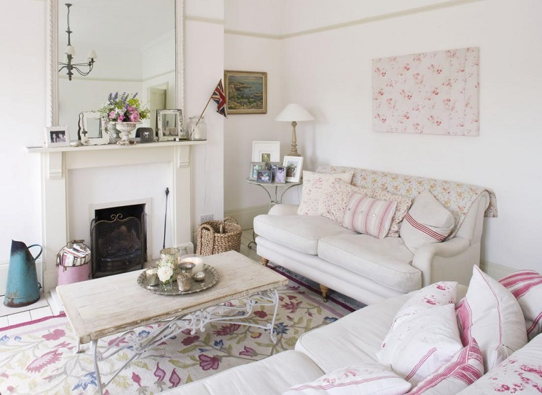shabby-chic-salotto-divani-bianco