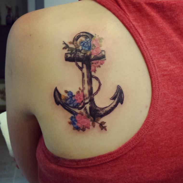 tatuaggi-ancora-idea-colorata-spalle