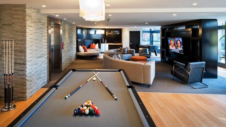 taverna moderna-biliardo-divani