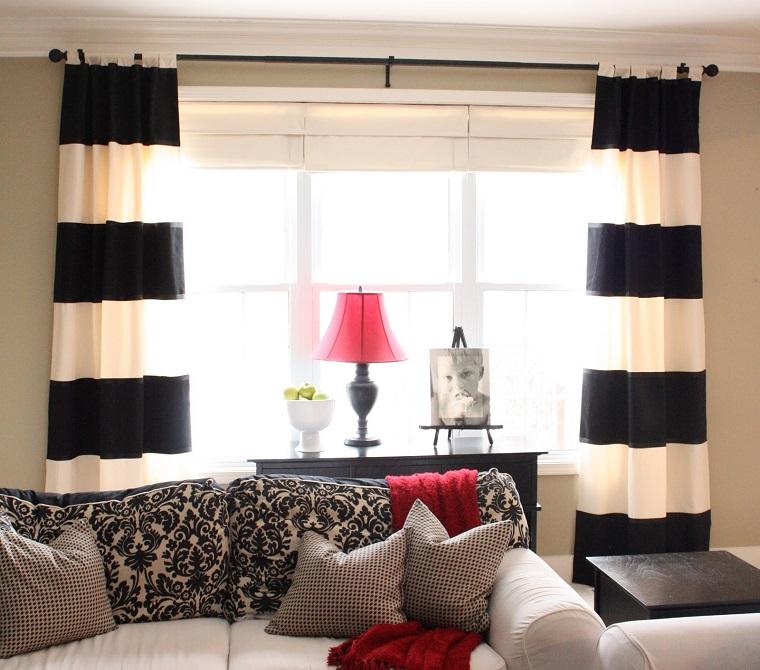 tende-soggiorno-righe-bianche-nere
