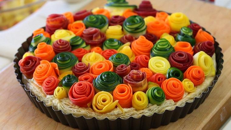 Torte salate tantissime idee sfiziose e saporitissime - Torte salate decorate ...