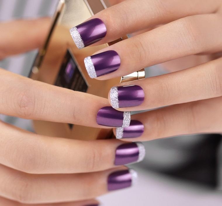 unghie colorate-french-smalto-viola