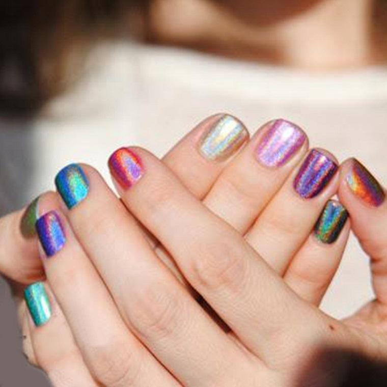 unghie-gel-nail-art-colori-cangianti