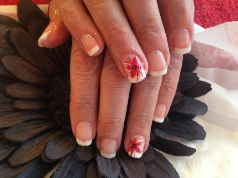 unghie-gel-nail-art-french-decorazione