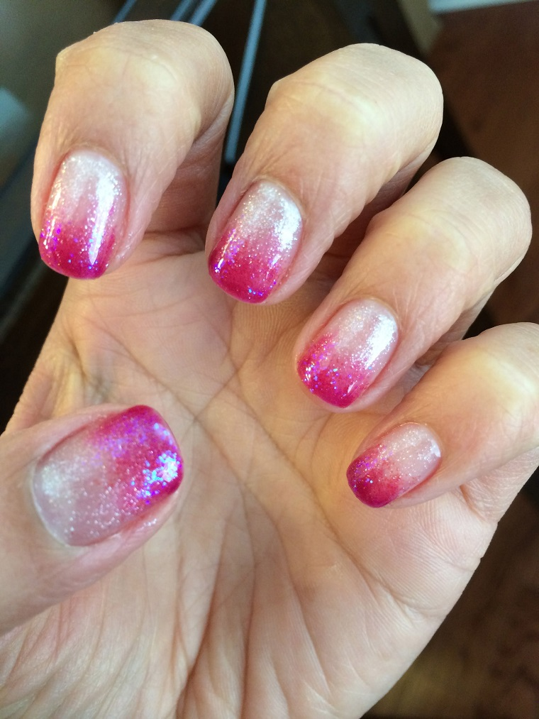 unghie-gel-nail-art-sfumata-rosa