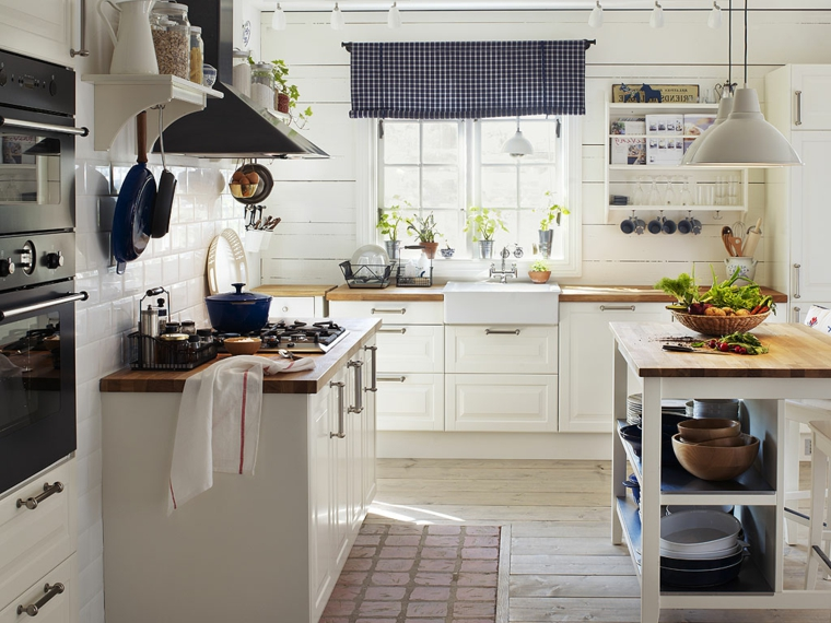1001 idee per le cucine ikea praticit qualit ed for Arredare mansarda ikea