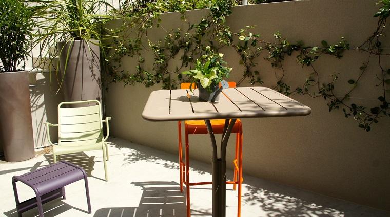 arredare-terrazzo-appartamento-set-minimal