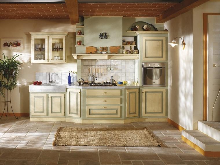 cucina in muratura-verde-panna